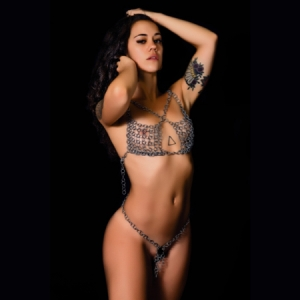 Women's harness in chainmail
